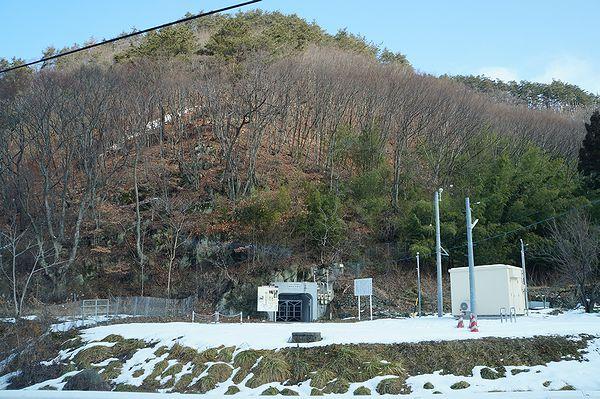 舞鶴山地下壕入口
