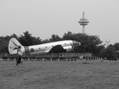 C-46 白黒