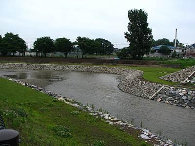 清瀬橋の下の流れ