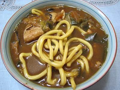 自宅で食べる山本屋本店の味噌煮込みうどん
