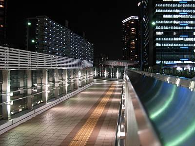 大崎駅から大崎陸橋へ