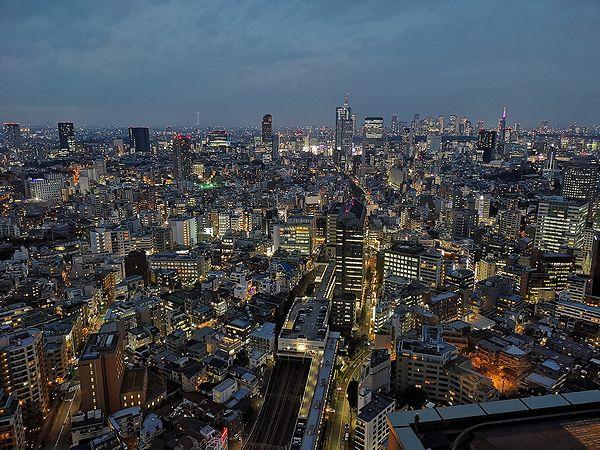 恵比寿駅側の展望