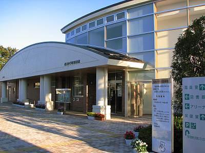 松井小学校図書館