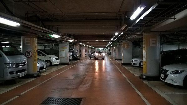 八重洲パーキング東駐車場