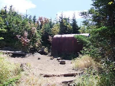 浅間山避難シェルターの外観