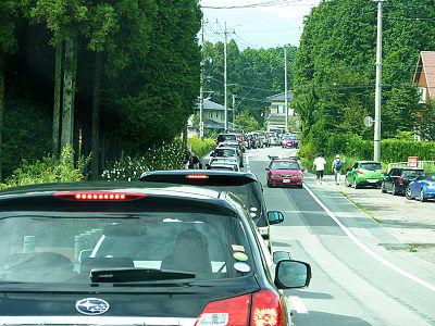高塚駐車場への渋滞1