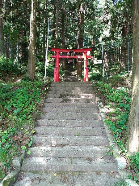 手塚八幡社の鳥居