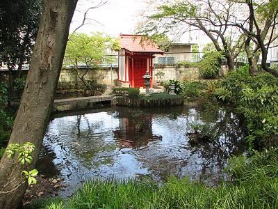 不動の滝の池
