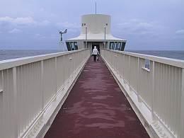 勝浦 海中展望塔 入り口