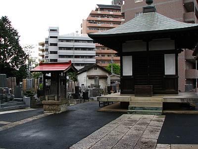 福泉藤吉のお墓のある墓地