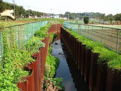 日比田付近の日比田水路