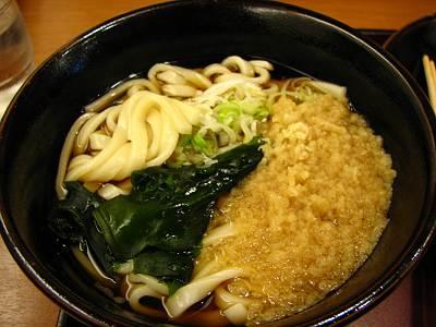 山田うどんの平打ち麺