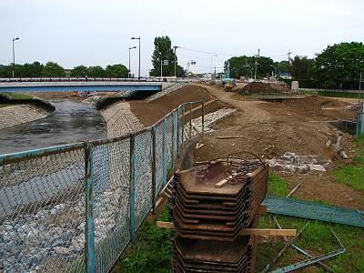 清瀬橋の旧河川は埋め立て済み