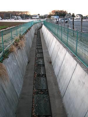 日比田水路の末端