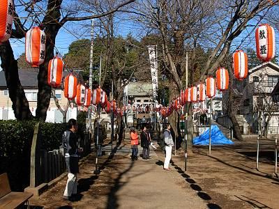 六所神社(所沢市)の参道