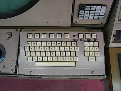古いキーボード エンターキーはどこ?
