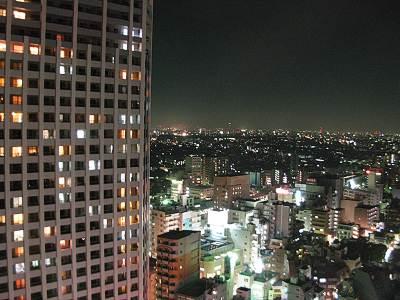 練馬区役所展望ロビーからの夜景その1