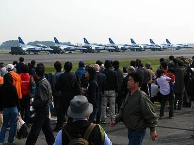入間航空祭 ブルーインパルス 出番待ち