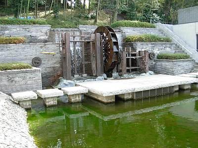朝霞市博物館の水車