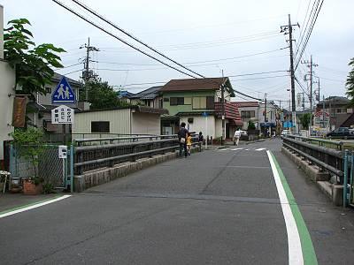 淵の森下流の松戸橋
