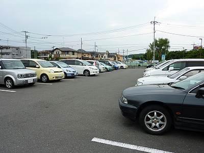 多摩川中央公園の駐車場