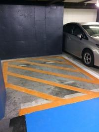 狭小駐車場 (2)