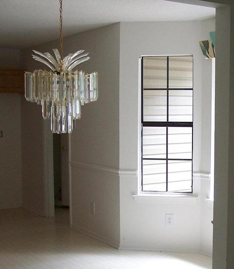 chandelier-1226104-639x735