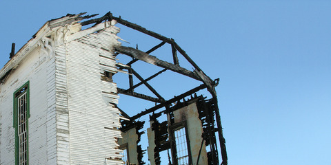 building-fire-1527638-640x320