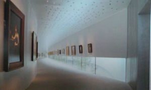 4-23ホキ美術館1