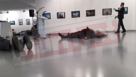 【トルコ】ロシア大使殺害犯は大使の護衛