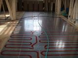 広範囲に床暖房パネル