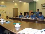 三菱電機製作所内会議室にて2