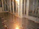 1,2階床暖房パネル工事