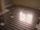 事務所床暖房パネル