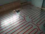 洋室床暖房パネル