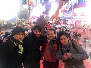 24_タイムズスクエア記念写真