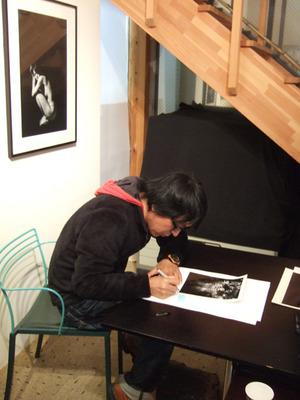 20120127小林紀晴pv5サイン