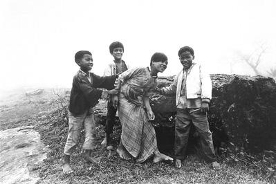 大竹昭子のエッセイ「迷走写真館〜一枚の写真に目を凝らす」第81回