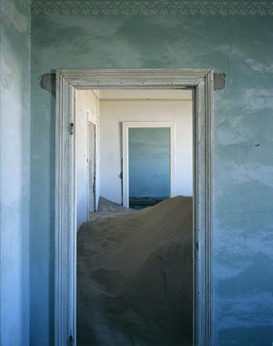 Kolmanskop-4-14-2006