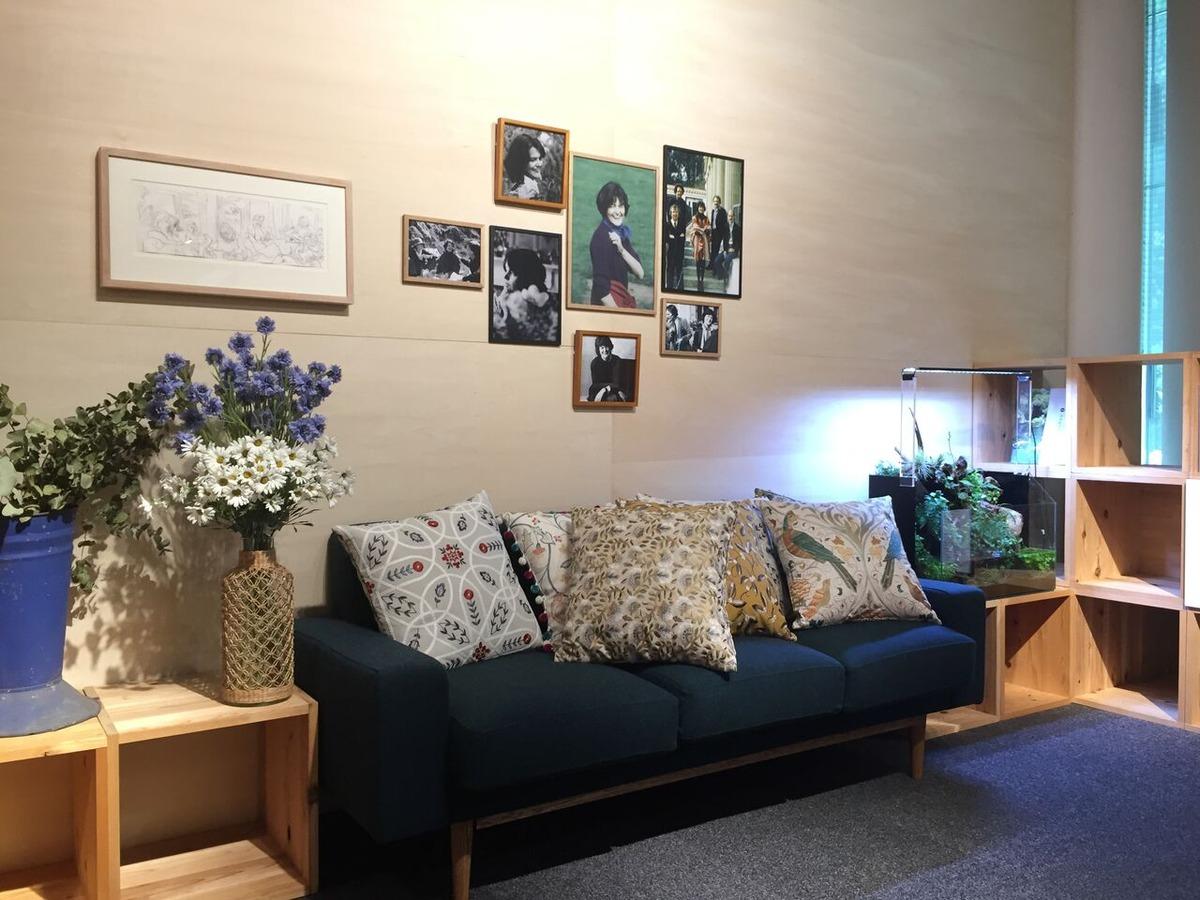 王聖美〜気の向くままに展覧会逍遥第8回「マギーズセンターの建築と庭ー本来の自分を取り戻す居場所ー」展を訪れて