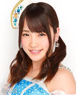 250px-2014年AKB48プロフィール_川栄李奈