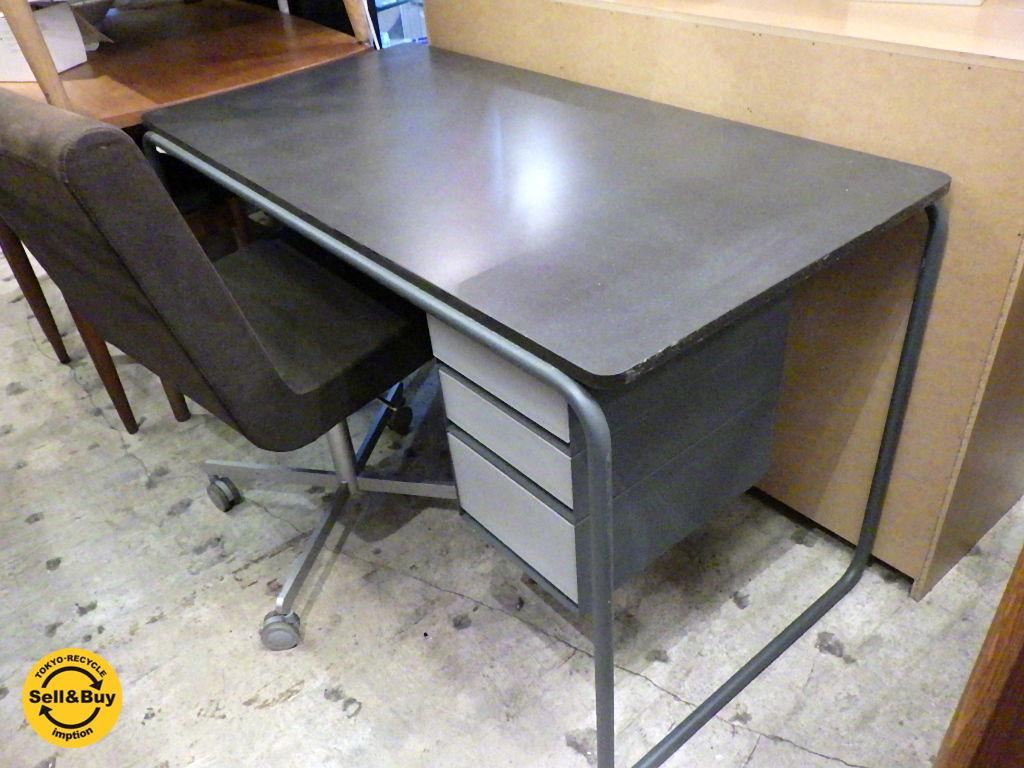 パソコンデスク シャビーなアイアンパイプ足 |テーブル・机|REBEL-REBEL (レベルレベル)|ハンドメイド通販・販売のCreema