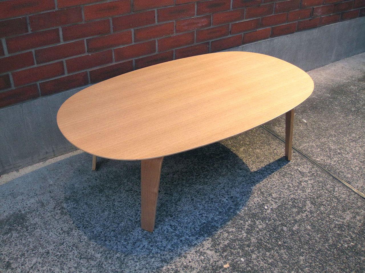 京都 ユニークテーブル