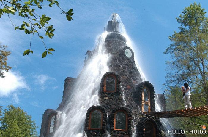 incredible_magic_mountain_like_chilean_hotel_03