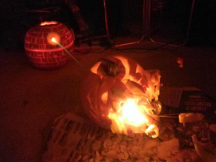death-star-pumpkin-destroying-pumpkin-planet