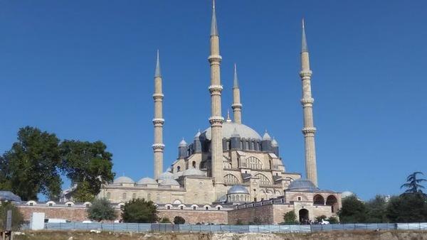 写真1_セミリエ・モスク