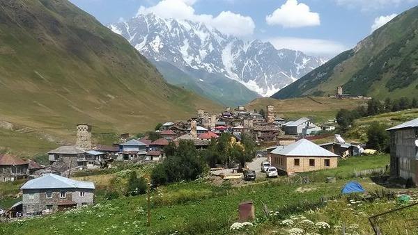 写真1_ウシュグリの山