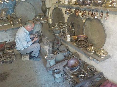 【写真3】銅職人の工場
