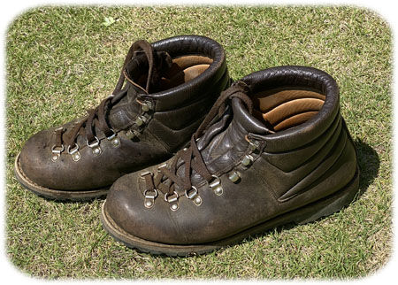 愛用の革製登山靴450