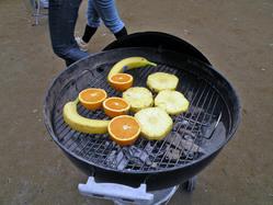 バナナ・オレンジ・パイナップル・キウイ